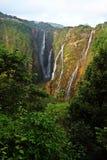 Jogga nedgångar, Indien den mest högväxta vattennedgången arkivbild