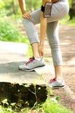 Jogger имея проблемы с лодыжкой Стоковое Изображение