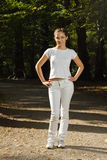 jogging έτοιμη γυναίκα πάρκων Στοκ Εικόνες