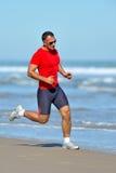 jogging νεολαίες ατόμων παραλι Στοκ φωτογραφία με δικαίωμα ελεύθερης χρήσης