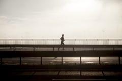 Jogging σε μια πόλη. στοκ εικόνες
