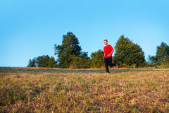jogging υπαίθριες νεολαίες α&t Στοκ Φωτογραφία