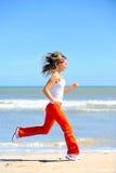 jogging девушки пляжа Стоковые Изображения RF