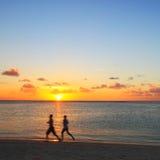 jogging пляжа Стоковое Изображение