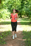 jogging девушки пригодности Стоковая Фотография RF