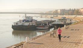 Jogging девушки Стоковые Фото