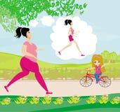 Молодая женщина jogging, тучная девушка мечтает для того чтобы быть тощей девушкой Стоковые Фотографии RF