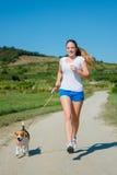 Jogging z zwierzęcym przyjacielem Obraz Stock