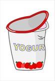 Joghurt im Plastikkasten auf weißem Hintergrund Stockfotos
