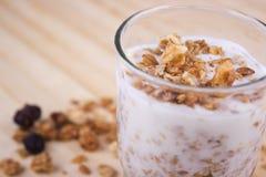 Joghurt und muesli Nahaufnahme stockfotos