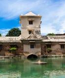 JOGJA,印度尼西亚- 2O17 8月12, :塔曼莎丽服日惹水宫殿在Java海岛,印度尼西亚上的 库存照片