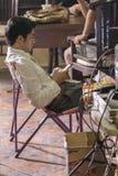 Jogjakarta, Indonesien - 8. März 2016: Schauspieler Reza Rahadian, das am 8. März 2016 während des Schießens des Films Rudy Habib lizenzfreie stockbilder