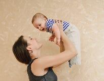 Jogo com bebê Fotos de Stock