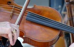 Jogo da música do violino Imagens de Stock Royalty Free