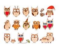 Jogo de corujas bonitos Vector as corujas dos desenhos animados e os pássaros dos filhotes de coruja isolados no fundo branco Fotos de Stock Royalty Free