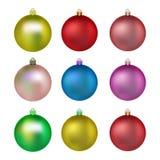 Jogo de esferas coloridas do Natal Bolas para a árvore de Natal Decoração realística isolada ilustração do vetor ilustração royalty free