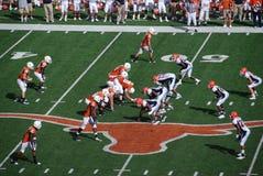 Jogo de futebol da faculdade dos longhorns de Texas Fotografia de Stock Royalty Free