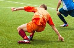 Jogo de futebol no estádio Fotografia de Stock Royalty Free