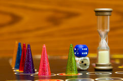Jogo de mesa com penhores da cor Fotografia de Stock Royalty Free