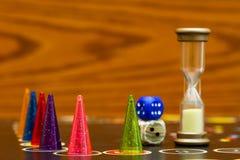 Jogo de mesa com penhores da cor Foto de Stock