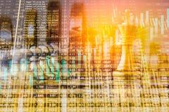Jogo de negócio no mercado de valores de ação digital financeiro e no backgr da xadrez Fotos de Stock Royalty Free