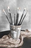 Jogo de pintura com escovas Fotos de Stock Royalty Free