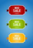 Jogo de placas coloridas com sinal grande da venda. Fotografia de Stock