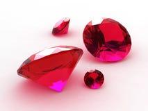 Jogo de quatro que encantam em volta dos rubis Fotografia de Stock