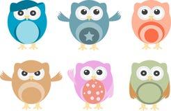 Jogo de seis corujas dos desenhos animados com várias emoções Fotografia de Stock Royalty Free