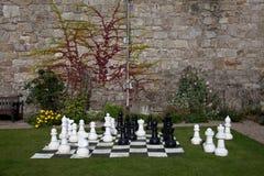 Jogo de xadrez ao ar livre foto de stock