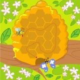 Jogo do labirinto com abelha e borboleta Fotos de Stock Royalty Free