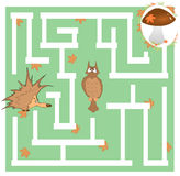 Jogo do labirinto das crianças sobre um ouriço e um cogumelo Imagem de Stock