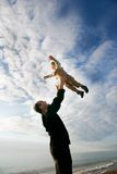 Jogo do pai e do filho Fotografia de Stock