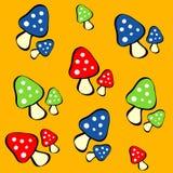 Jogo do vermelho, de cogumelos azuis e verdes da obscuridade - Imagem de Stock