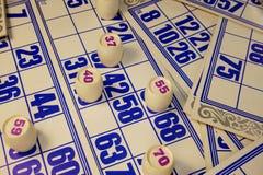 Jogo, loto, cartões, tambores com números Imagem de Stock