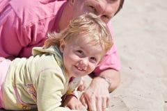 Jogo na praia fotografia de stock