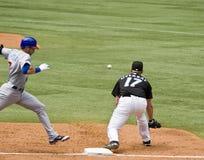 Jogo próximo na primeira base Imagens de Stock Royalty Free