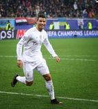 Jogo Shakhtar da liga de campeões de UEFA contra o Real Madrid imagens de stock royalty free