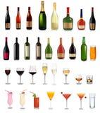 Jogo super de bebidas e do cocktail diferentes dos frascos Fotos de Stock Royalty Free