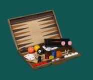 Jogos de mesa em uma caixa de madeira isolada no verde Foto de Stock