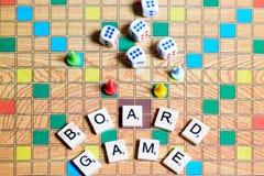 Jogos de mesa Home entertainment, jogos, lona, cubos, cones imagem de stock