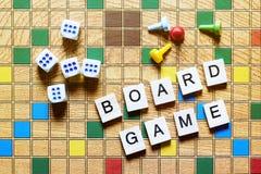 Jogos de mesa Home entertainment, jogos, lona, cubos, cones imagens de stock