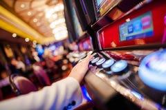 Jogos de vídeo do entalhe do casino imagem de stock