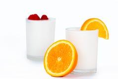 Jogurt με τα φρούτα Στοκ φωτογραφία με δικαίωμα ελεύθερης χρήσης