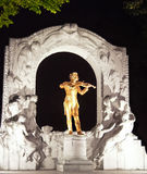 Johan Strauss雕象 免版税库存图片