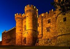 Johannes adelt Schloss in der Nacht in Rhodos-Insel, Griechenland Lizenzfreie Stockbilder
