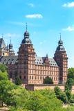 Johannisburg-Palast in Aschaffenburg auf Hauptleitung lizenzfreie stockbilder