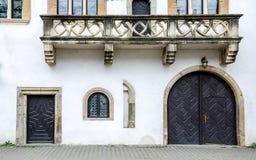 John η πρόσοψη σπιτιών κτιστών ` s σε Bistrita, Ρουμανία στοκ φωτογραφίες με δικαίωμα ελεύθερης χρήσης