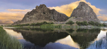 John Day River am Sonnenuntergang-Panorama Stockfoto