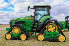 Free John Deere 8RX 370 Four Track Farm Tractor Stock Photos - 215012843